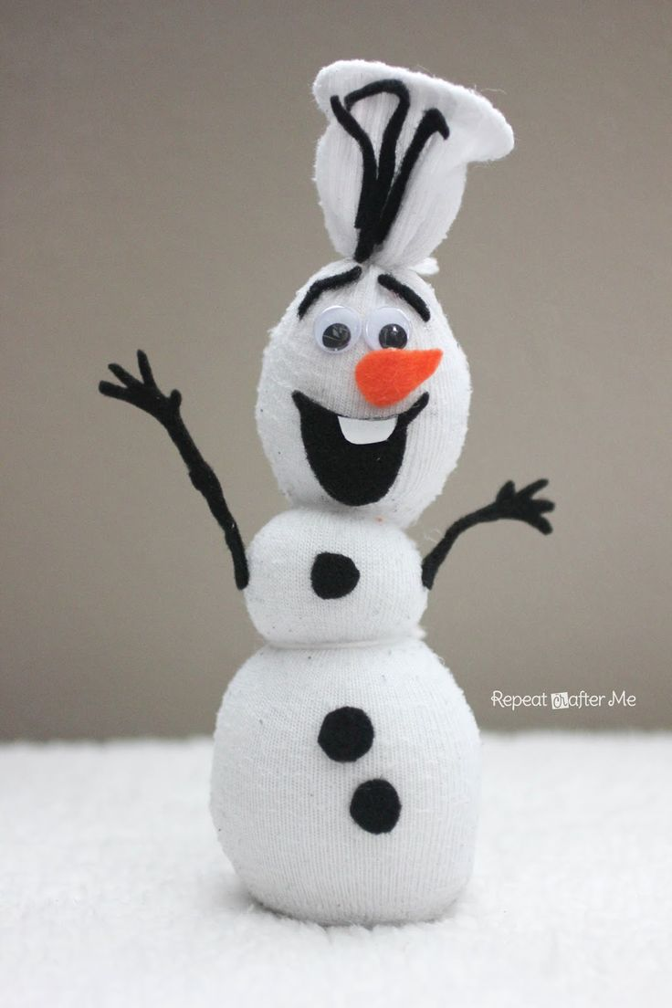 Sock Olaf snowman craft. Would be fun at a Frozen party!