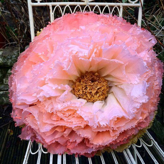 Гигантская рука окрашенные золотой, коралл ню Ombre бумаги цветок пиона с золотой блеск центра Свадебные украшения / Мексиканское папиросной бумаги цветок фиесты