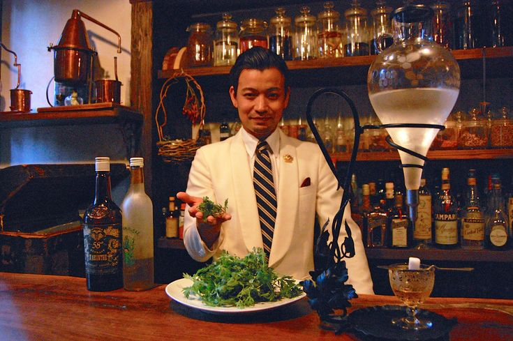 Ben Fiddich. Located in Nishi-Shinjuku, Ben Fiddich is one of only four absinthe specialists in Tokyo. But in addition to stocking over 30 varieties of the liquor, Kayama also makes original absinthe-like botanical infusions and hopes to start his own distillery in Japan one day.