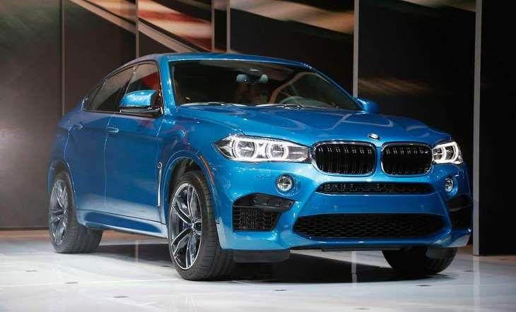 BMW X6M La camioneta deportiva de BMW fue presentada junto a los modelos X5M, X6 y Serie 2 descapotable.