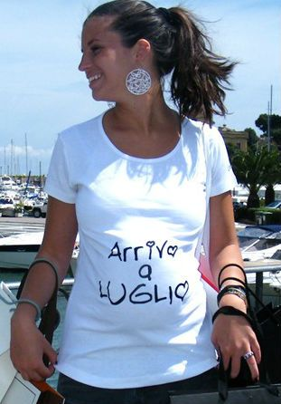 T-shirt Premaman Divertenti: In arrivo
