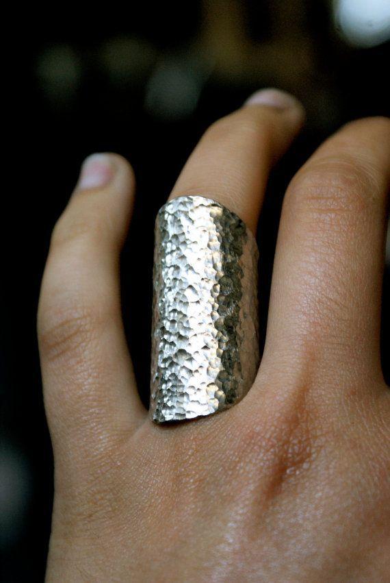 Arrotondato in argento anello di scudo conico scudo di hannahnaomi