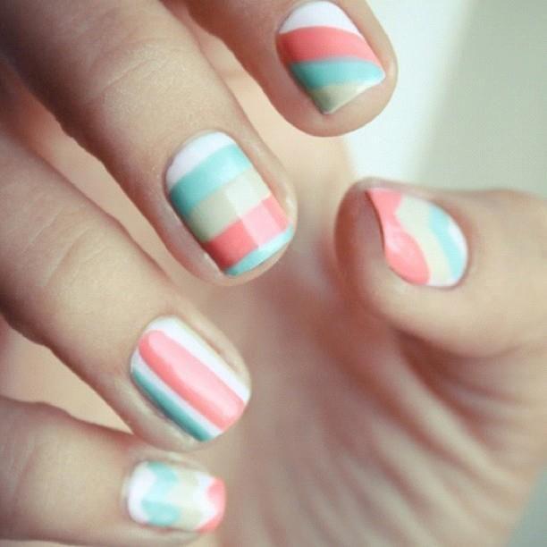 White & Blue & Yellow & Pink stripes Nail Art