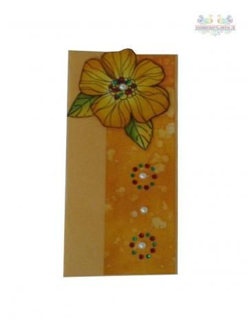 A beautiful envelopes which come in an elegant look with Flower decoration. Unlike other plain envelopes, these elegant envelopes are specially designed for money-shagun-gift for your near and dear ones. It is made from fine handmade paper