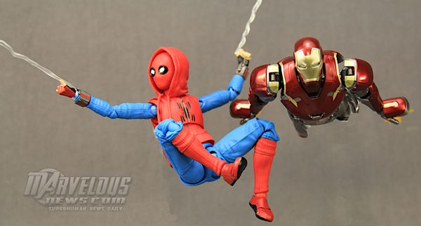 Spider-Man: Homecoming S.H. Figuarts Spider-Man & Iron Man 2-Pack Video Review & Image Gallery