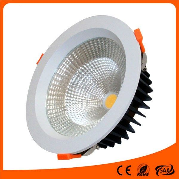 high brightness meeting room ceiling 8 inch 50W round LED downlight in Portugal  I  See more: https://www.jiyilight.com/downlight/high-brightness-meeting-room-ceiling-8-inch-50w-round-led-downlight-in-portugal.html