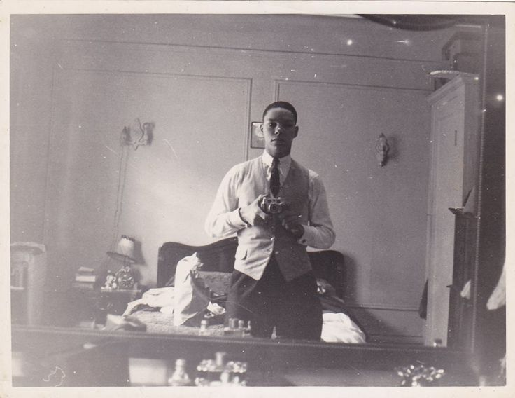 """# 2. For those who think the #selfie is a Millennial phenomenon, think again: the day after Ellen DeGeneres posted her famous 2013 Oscar welfie, former US Secretary of State Colin Powell set the record straight: """"I was doing selfies 60 years before you Facebook folks. Eat your heart out Ellen!"""""""
