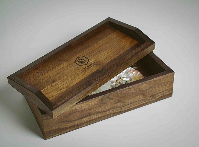 "Шкатулка ""Convert"". Casket ""Convert"". Fly Massive millworks. Solid american walnut. Tung oil finish. Массив американского ореха. Отделка тунговым маслом. Мастерская Fly Massive. #fly_massive #flymassive #fly_massive_millworks #workshop #joinery #woodworker #tools #wood #joinery_workshop #millworks #furniture #modernism #constructivism #design #russian #woodporn #interior #designer #home #decor #woodworking #walnut #casket"