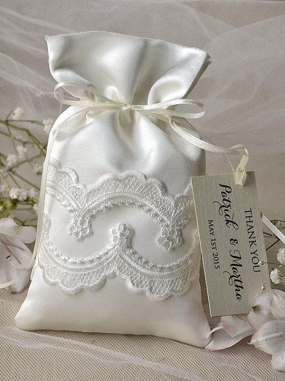 Custom listing (20) Vintage Wedding Favor Bag, Lace Wedding Favor Bags, Ivory Wedding Thank You Favor Bags,