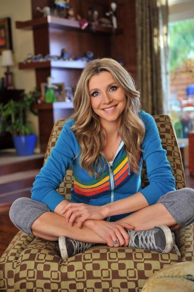 'Roseanne' Stars: Where Are They Now?: Sarah Chalke (Becky Conner)