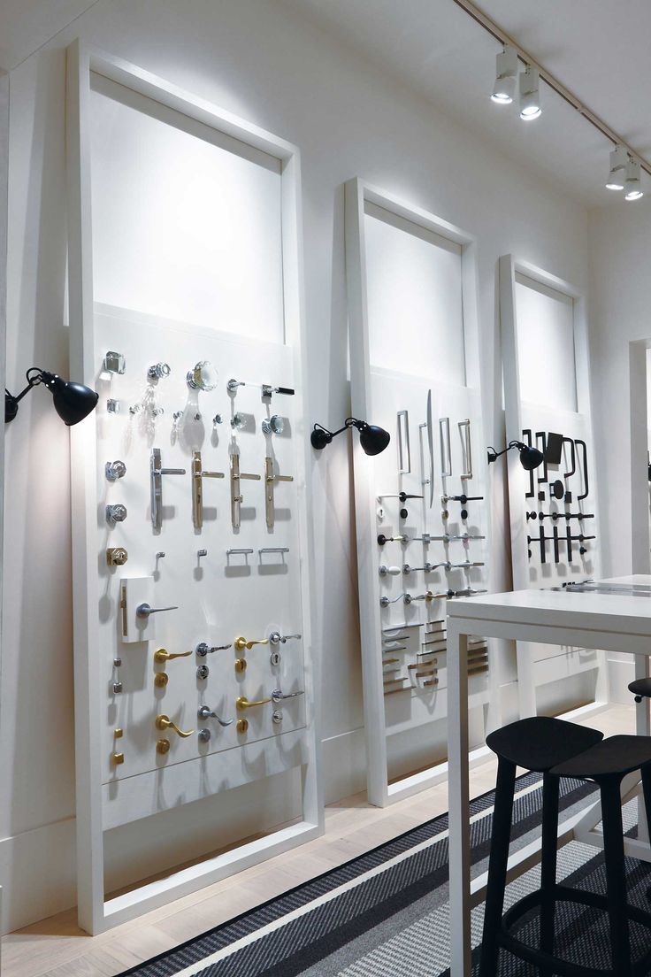 pittella melbourne showroom by hecker guthrie showroom designshowroom ideasfurniture showroommelbourneretailmirrorphoto - Retail Design Ideas