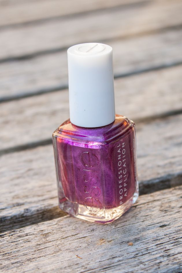Essie - The Lace Is On - Nail Polish