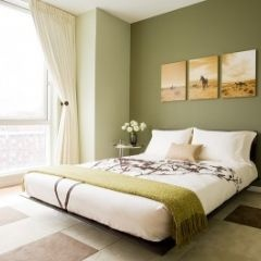 This looks just like my bedroom, only I have a dark brown bedframe and foot board.
