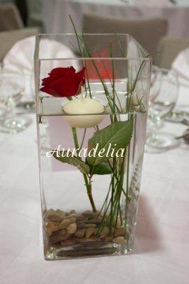 Centre de table de mariage avec rose bougie flottante et for Pinterest centre de table