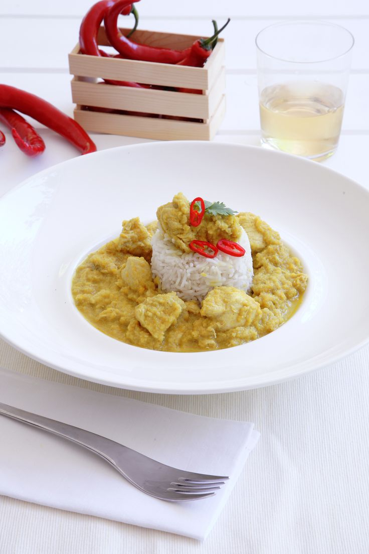 Chicken Curry, always a classic! http://www.instyle.gr/recipe/kotopoulo-karri/