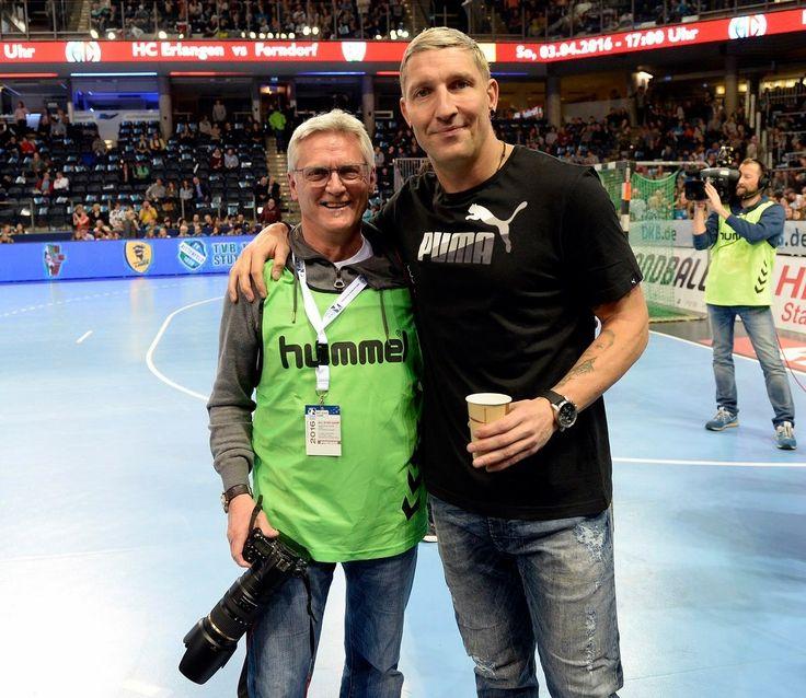 Ich freue mich Stefan (Kretzsche) Kretzschmar in diesem Jahr wieder in der Arena zu treffen - Jocki Krieg (Fotograf, Harald Sippel)  All Star Games16  #HJKrieg #hce #dkbhbl #sport1 #Handball #erlangen #hlstudios #hcerlangen #erlangen #ArenaNuernbergerVersicherung #erlangen_bilder