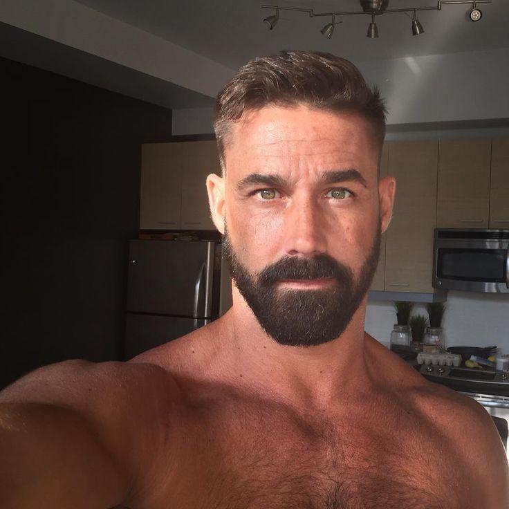 1329 besten m e n bearded blokes bilder auf pinterest bartpflege b rte und schnurrb rte. Black Bedroom Furniture Sets. Home Design Ideas