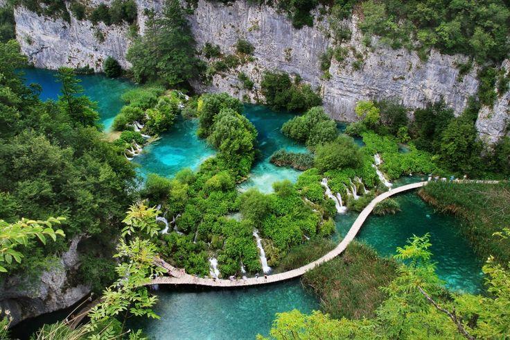 Besuche die atemberaubenden Wasserfälle im kroatischen Nationalpark Plitvicer Seen inkl. Mietwagen! 4 Tage ab 87 € | Urlaubsheld.de