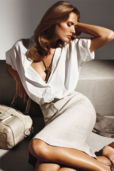 whiteMalgosia Advocate, Sorrenti Malgosia, Linens Satin, Glamorous Dresses, Maxmara, Ads Campaigns, Max Mara, Mario Sorrenti, Fashion Ads