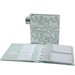 """Astro Chef Deluxe Recipe Binder - include divider pages, pocket sheets that hold 5"""" x 7"""" recipe cards, sheet protectors and storage envelope. $35.00Binder Holiday Gift, Organic Ideas, Kitchens Appliances, Recipe Binder, Parties Ideas, Organizational Ideas, Diy, Kitchens Gift, Kitchens Binder Holiday"""
