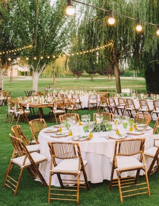 Ideas románticas para una boda de noche #bodas #wedding #bodasnet #nightwedding…