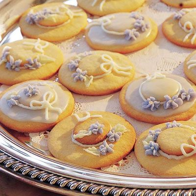 Hat Cookies great idea for a tea or little girls' party *could use vanilla wafers for top of hat
