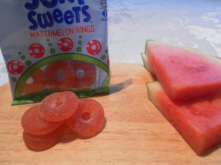 Watermelon is a fave summer furit, so when we tried Surf Sweets Organic Gummy Candy watermelon gummies we knew we had to share them! Check out more Surf Sweets' candies here: http://brinx.it/A0Z