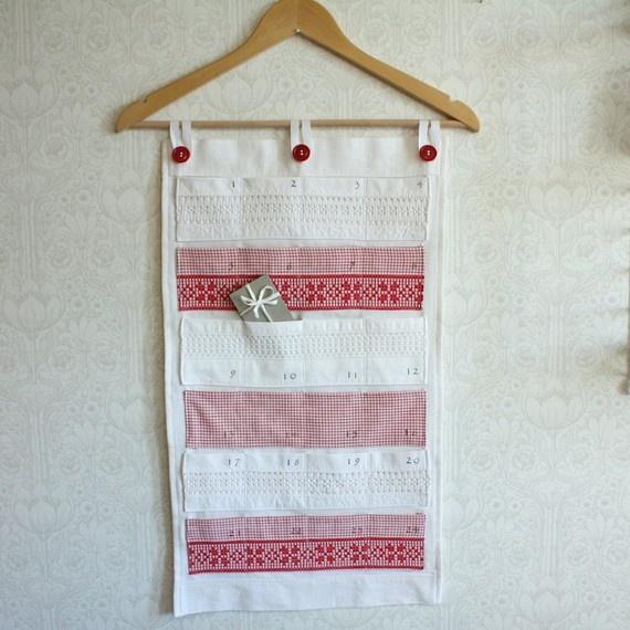 really lovely and sweet idea for a reusable advent calendar