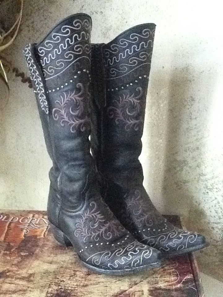 Gray Cowgirl Boots | FP Boots
