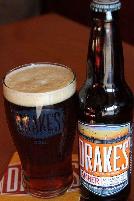 Cerveja Drake's Amber Ale, estilo Extra Special Bitter/English Pale Ale, produzida por Drake's Brewing, Estados Unidos. 5.9% ABV de álcool.