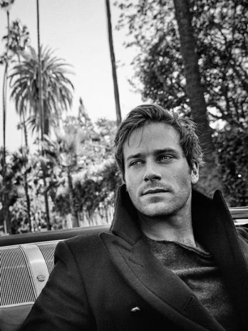 http://www.yojackets.com/product/armie-hammer-the-man-from-uncle-jacket.html  Such a remarkable piece of Armie Hammer The Man From Uncle Jacket. By the inspiration of the latest movie.