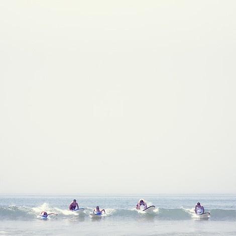 PLACE: Surfing Wav, Beaches Life, Photography Surfing, Surfing Up, Serrano Httpwwwyosigo, Surfing Beaches, Massiv Waves, Astonish Photography, Parties Waves