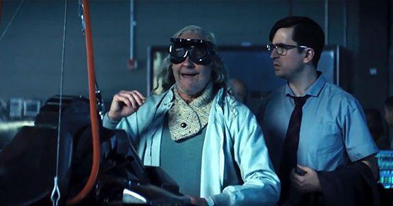 INDEPENDENCE DAY: RIGENERAZIONE una clip del film dedicata al DOTTOR OKUN interpretato da BRENT SPINER
