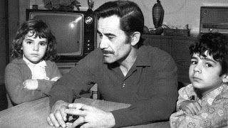 EN plena DEMOCRACIA el TERRORISMO asolaba en ARGENTINA  A los dos dias de haber sido electo el General PERÓN por tercera vez presidente constitucional de la Republica Argentina (23.09.1973), la banda Montoneros-Far asesinaba a su mano derecha, el secretario general de la CGT JOSÉ I.RUCCI (Alcorta, Santa Fe, 15 de marzo de 1924 – Buenos Aires, 25 de septiembre de 1973)