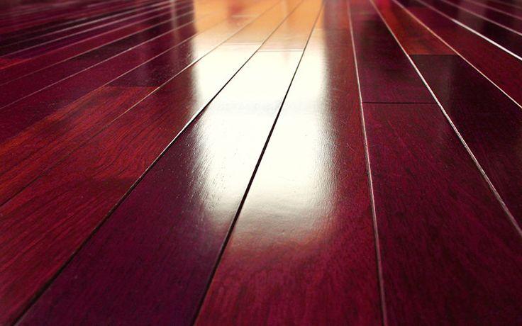 Detalle de tarima flotante de madera jatoba