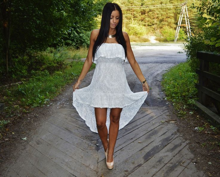 Vejra blogspot White lace dress