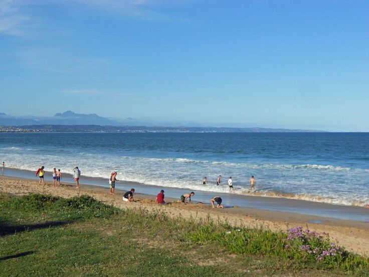 Hartenbos is a perfect holiday resort with an endless expanse of golden beach for walkers.