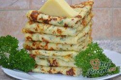 Sýrové palačinky - nejjednodušší a zaroveň populární recept pro všechny milovníky tohoto pokrmu. Palačinky jsou vynikající nejen na sladko, ale i na slano. Určitě vyzkoušejte tento recept na česnekové palačinky se sýrem a bylinkami. Jsou mňamózne. Autor: Lacusin