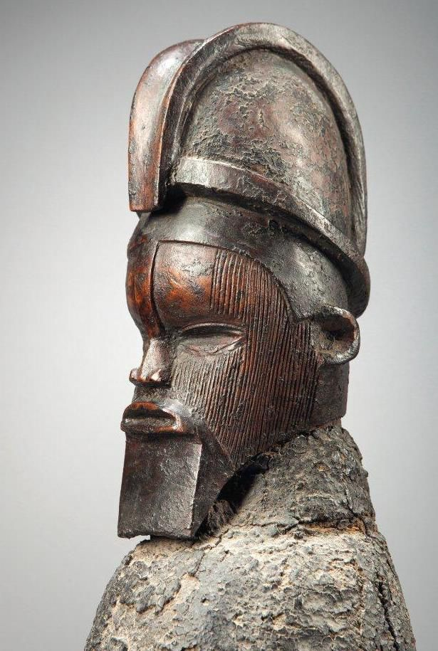 Teke figure by the Master of the wedge-shaped beard Image courtesy of Christie's (11 December 2014, lot 52).