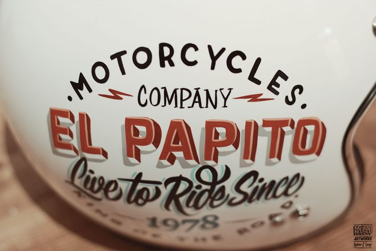 PAPITO MT HELMET byBrusco.com  #custommotorcycle #classicstyle #caferacer #bratstyle #handpainted #customlid #customhelmet #brushes #1shot #enamels #bybrusco #bruscoartworks #luxuryhelmets #motorcycleclothing #ridewithstyle #style #handcrafted #gentleman #luxurygoods #handcrafted #gentlemanriders #motoapparel #goodtype #strengthinletters #typegang #thedailytype #TYxCA