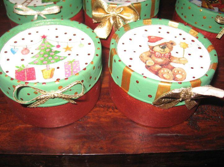 Cajas de carton decoradas para navidad buscar con google for Cosas artesanales para navidad
