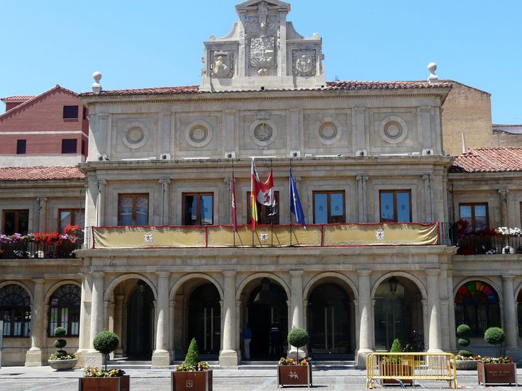 Antigua Casa Consistorial de León, el primitivo ayuntamiento. Camino de Santiago