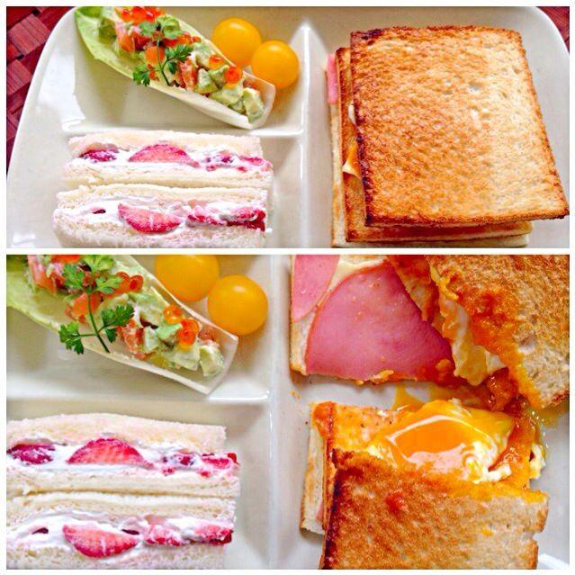 寒くて布団から出られない꒰ꄬຶູྀ ॄ ꄬຶູི ꒱  ⃛˚ 早く暖かくなってほしい...♨️ ケーキで残ったクリームを塗りたくってフルーツサンドとハムチーズとこんがり焼いて、チーズ目玉焼きを挟んでホットサンド - 74件のもぐもぐ - Sandwich plate by Ami