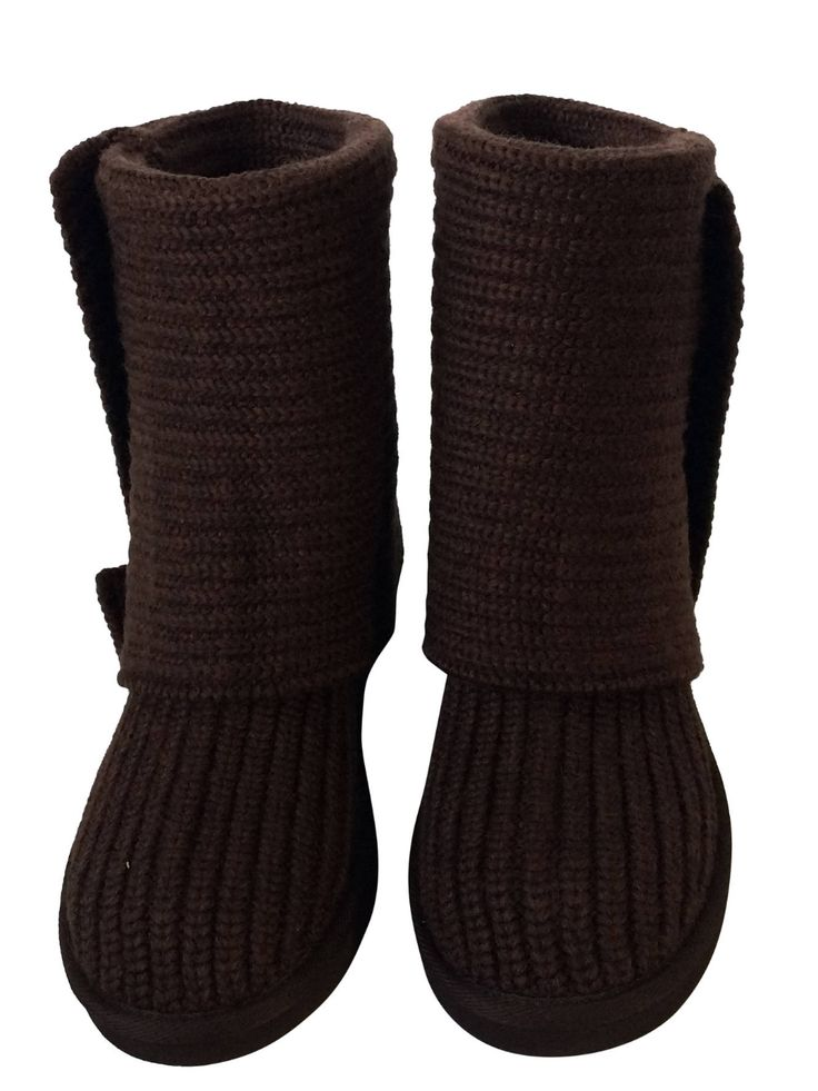 Stay warm in these brand new UGG classic cardy boots for just $90 and free shipping 😊 https://www.consignista.com/ugg-classic-cardy-boot-wtags-size-8-us