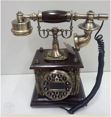 Telefone antigo retro em madeira e metal MF1712