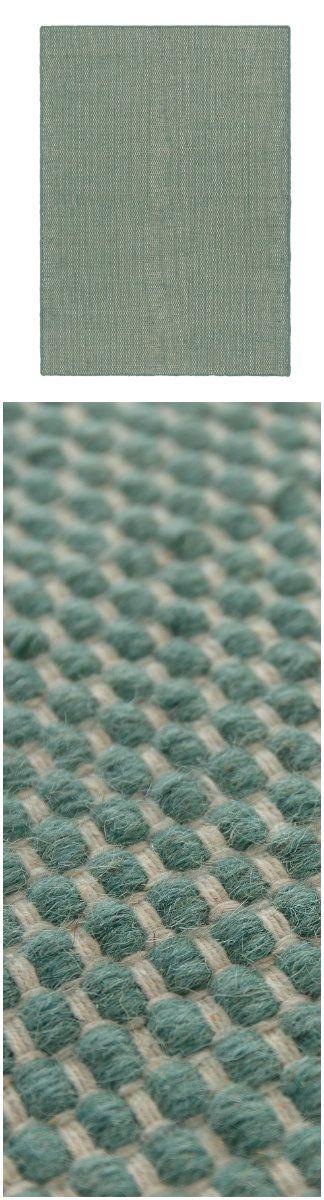 Minzgrüne Teppich von URBANARA // Mint green from URBANARA.