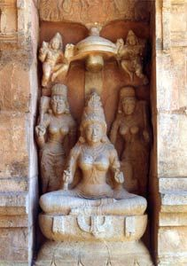 Two great Chola Temples of the 11th and 12th centuries have been added to the 11th century Brihadisvara temple of Thanjavur, inscribed in 1987. The Great Living Chola Temples were built by kings of the Chola Empire, which stretched over all of South India and the neighbouring islands.