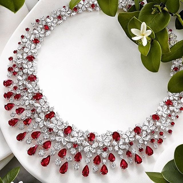 ©Graffdiamonds  Never Disappoints us!  Gorgeous Graff Ruby and Diamond Necklace via @fashion_atmosphere ❤️