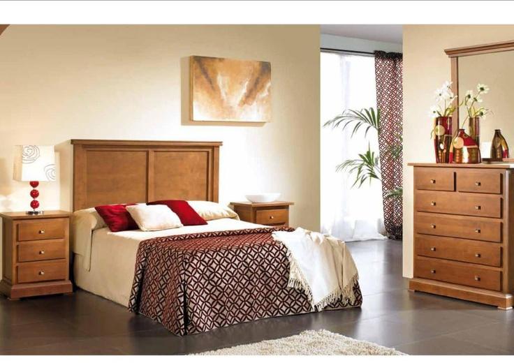 Dormitorio compuesto de 2 mesilla de 3 cajones de 50cm de largo.  Comoda de 6 cajones.  Espejo.  Cabecero para cama de 135cm o de 150cm.