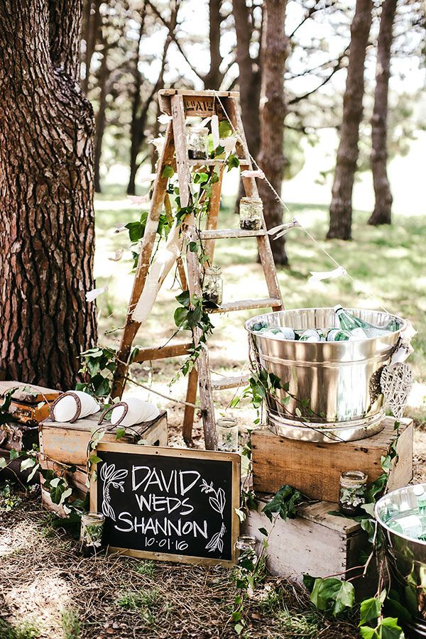 Australian Warehouse Reception Overflowing with Greenery #pantone #aussiewedding #weddingdecor see more: https://ruffledblog.com/rustic-luxe-fete-australian-warehouse